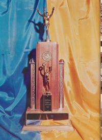 1968 State Football Trophy